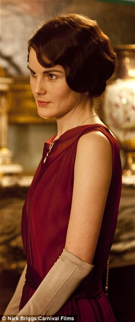 Downton Abbey dresses go on display at West Ox Art Gallery