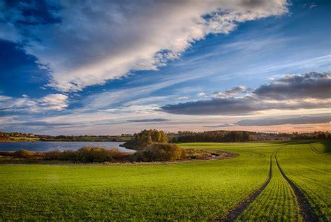 Landscape Photos Creating Landscape Photos In Flat Farm Fields