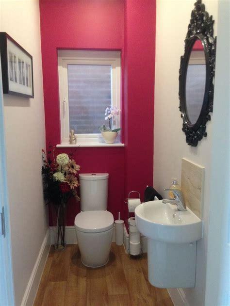 raspberry bathroom paint sumptuous plum by dulux home ideas pinterest