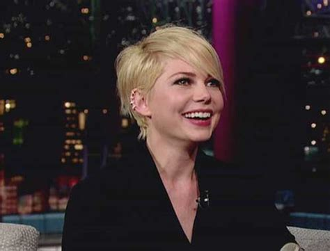 20 Michelle Williams Pixie Haircuts   Pixie Cut 2015