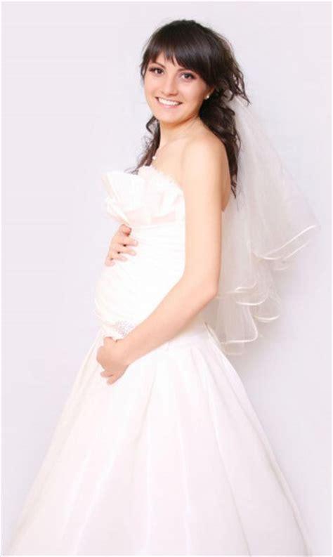 Brautkleider Für Schwangere 7 Monat by Brautkleider F 252 R Schwangere Richtig Aussuchen