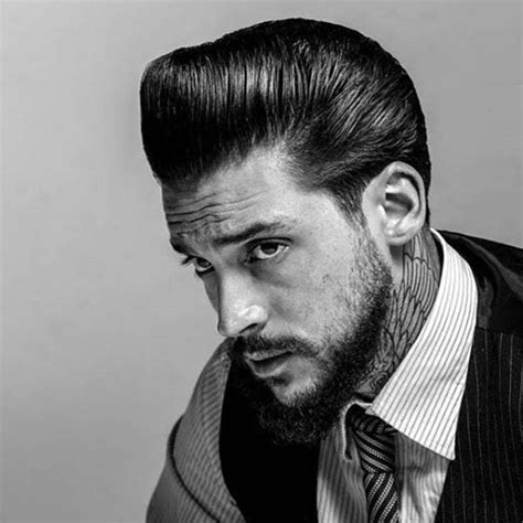 Pomade King Pompadour greaser hair for 40 rebellious rockabilly hairstyles