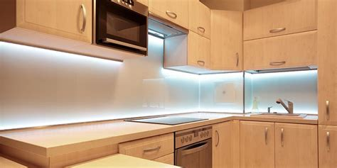 led lighting kitchen cabinet how to choose the best cabinet lighting