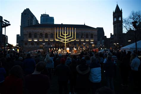 shabbat candle lighting time boston hanukkah inspired installations light up boston the times of israel