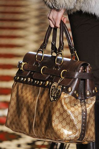 Tas Gucci Burberry 8723 boho rock for fall 2008 fashion at hipgirlie