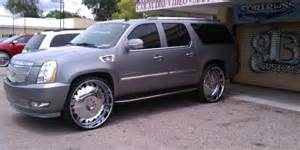 Cadillac Escalade On 30s Two Cadillac Escalade S On 30 S Big Rims Custom Wheels
