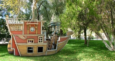 Pirate Ship Playhouse ? MyLittleStyleFile