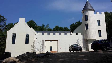 Castle Styrofoam Block Home | new canaan castle built from styrofoam stamfordadvocate