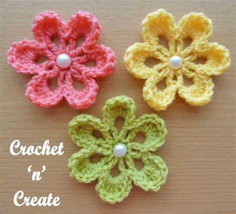 crochet pattern flower applique small flower applique free crochet pattern crochet n