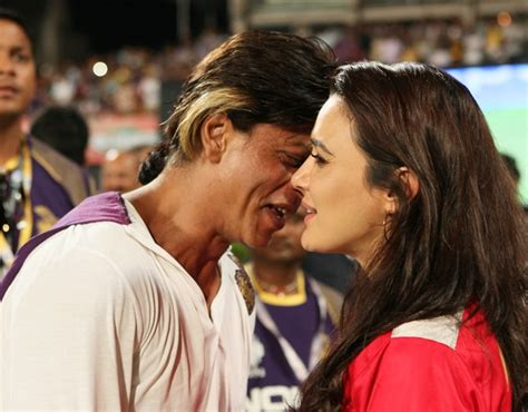 kajol vs preity zinta preity zinta and shahrukh khan kiss www imgkid the