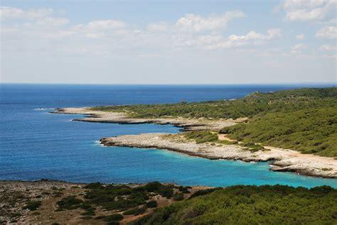 spiaggia porto selvaggio salento spiagge salento le 10 pi 249 da non perdere travelweare