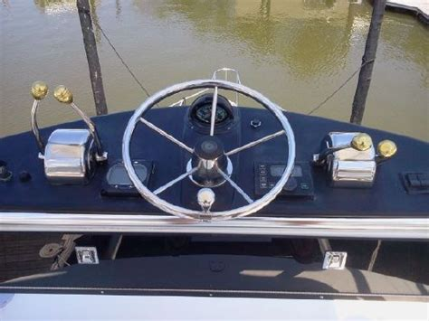 tiara boats for sale with diesel engines 2001 tiara 31 diesel open boats yachts for sale