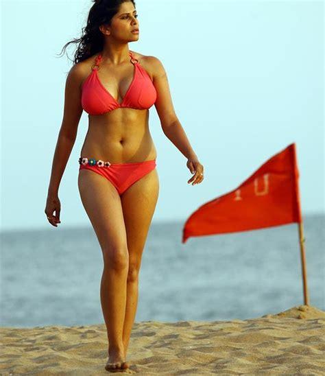 Unseen Tamil Actress Images Pics Hot Sai Tamhankar Bikini Huge Boobs Hot Pics