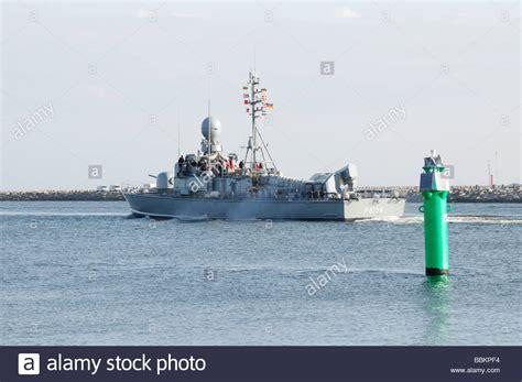 speedboot warnemünde schnellboot stock photos schnellboot stock images alamy