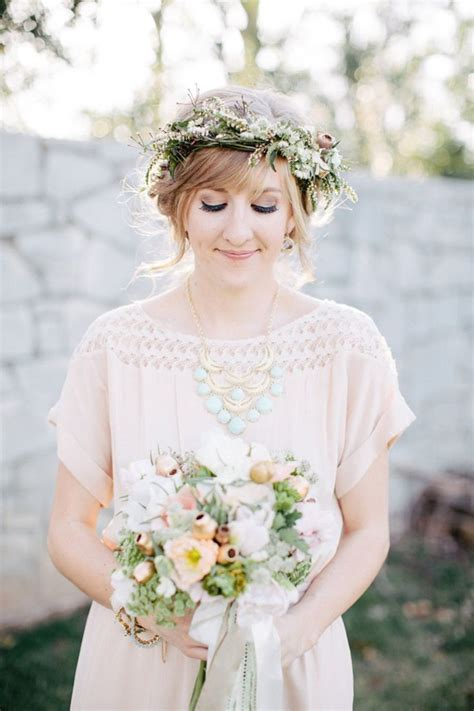 Wedding Guest Hair With Flowers by 50 Floral Crown Styles Ideas Flowers In Hair