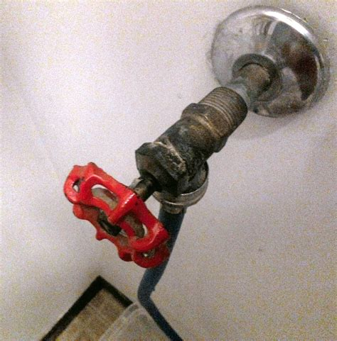 leak how can i fix a clothes washer faucet that is