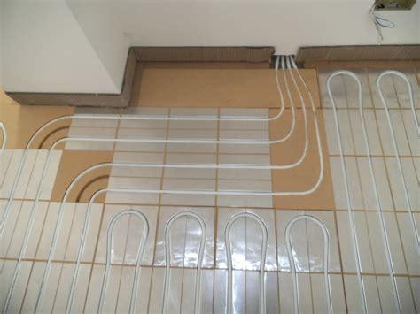 rivestimenti interni in legno armadietti bassi zinco plastificati