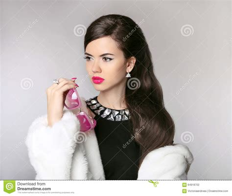 luxury hair products babe styling studios beautiful brunette girl in fur coat with fashion