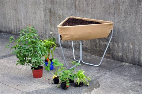 pflanzgefäße mit rollen hochbeet garden actof info