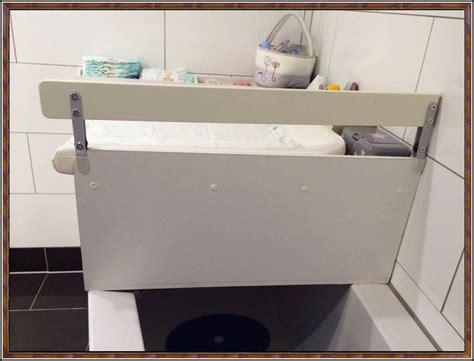 wickeltisch selber bauen wickeltisch auf badewanne selber bauen page
