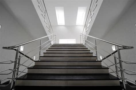 edelstahl geländer innen treppengel 228 nder innen holz und edelstahl bvrao