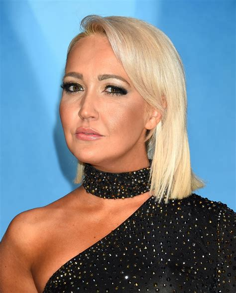 meghan linsey at 51st annual cma awards in nashville 11 08