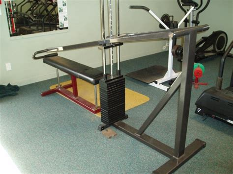best bench press machine benching machine 28 images selectorized bench press