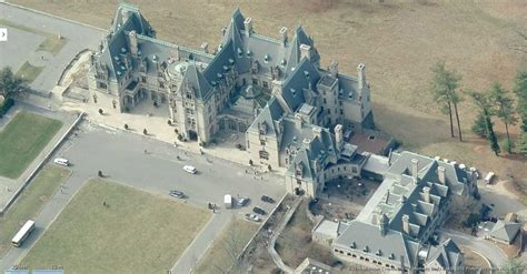 vanderbilt houses anderson cooper buys first real family home biltmore estate american houses and mansion
