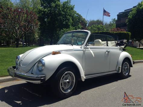 white volkswagen convertible white volkswagen convertible super beetle pictures