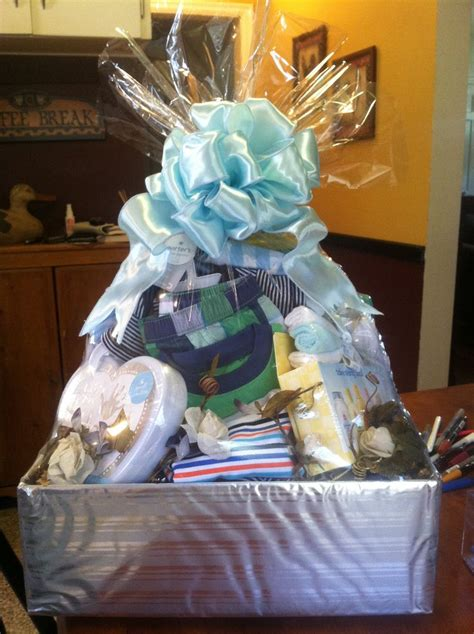 baby shower gift basket 17 best images about baby shower gift baskets on vinyls all up and basket ideas