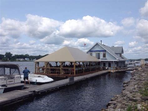 dinner on a boat ottawa boathouse restaurant picture of rockcliffe boathouse