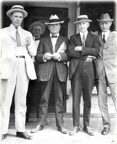mens fashion in the 1920s 1920s fashion for men suits hats shoes