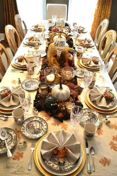 20 thanksgiving dining table setting ideas - Thanksgiving Table Set