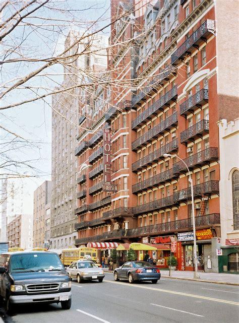 chelsea inn new york file the hotel chelsea new york city jpg wikimedia commons