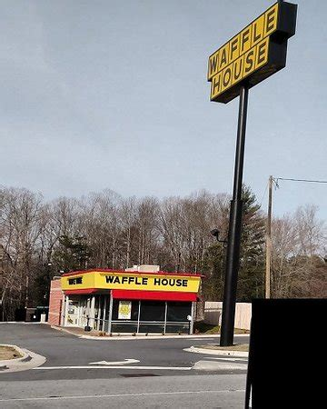 Waffle House Asheville Highway by View Feb 2017 Foto Di Waffle House