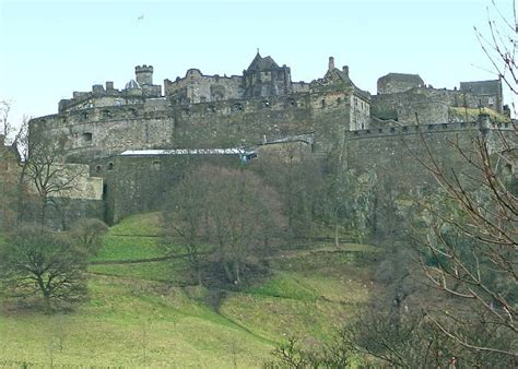 Credit One edinburgh castle