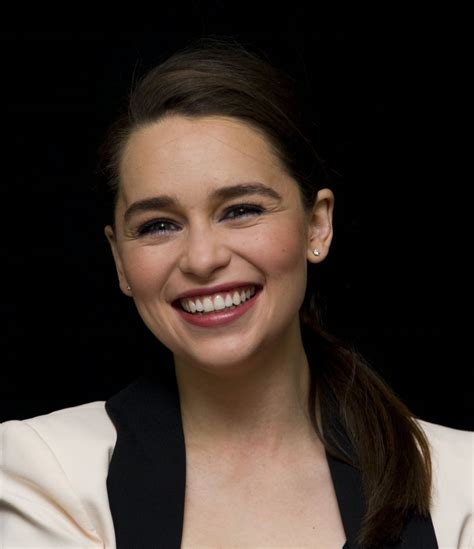 emilia clark emilia clarke game of thrones season 4 press
