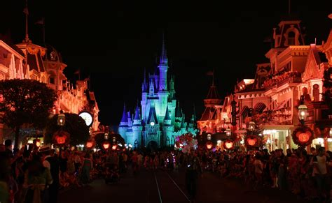 september themed events theme park annual events about to r up sun sentinel
