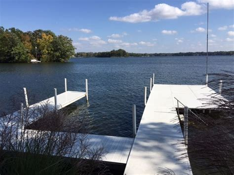 webster lake boat r beautiful lakefront home on charming lake webster in