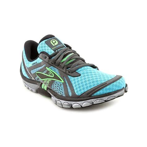 athletic shoes seattle seattle running shoes style guru fashion glitz