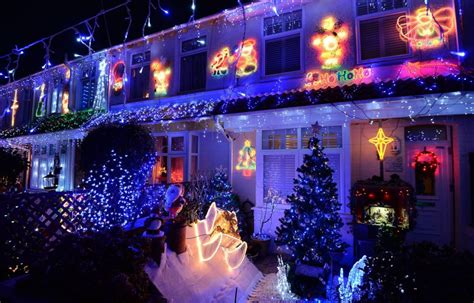 gallery house christmas light displays 2013 metro uk