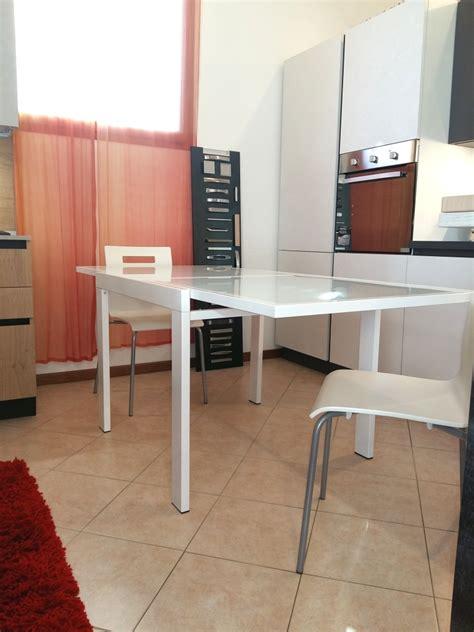 tavolo quadrato bianco zamagna tavolo quadrato in vetro bianco scontato tavoli