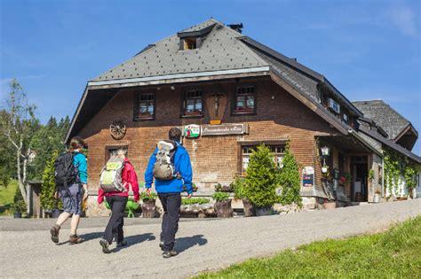 Wanderhütte Mieten menzenschwander h 252 tte hochschwarzwald tourismus gmbh