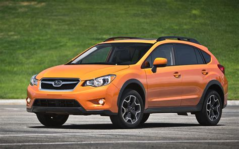 subaru crosstrek comparison subaru crosstrek hybrid 2015 vs