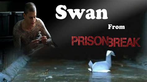 origami swan in prison comot
