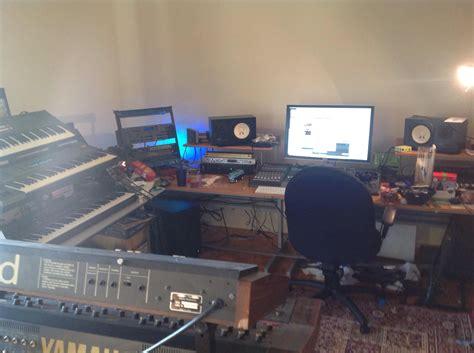 yorkville studio desk january 2014 juggernaut