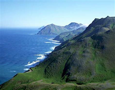 Горы и море фото скачать