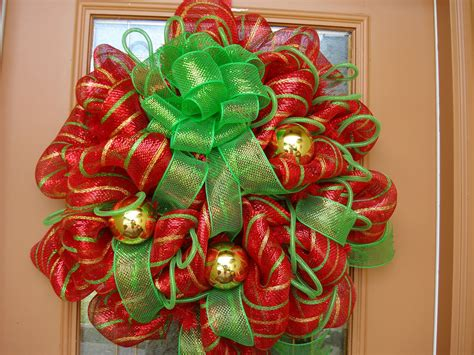 wreath decorations 30 beautiful and creative handmade christmas wreaths