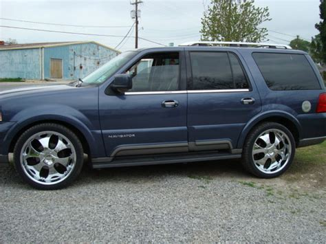 blue book used cars values 2003 lincoln blackwood lane departure warning 2003 lincoln navigator blue 200 interior and exterior images