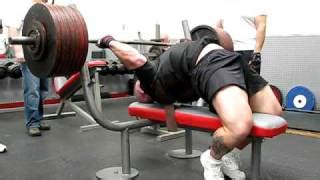 bob sapp bench press in the gym powerlifting and strongman youtube